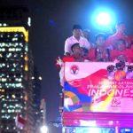 Peraih Emas Olimpiade Diarak di Surabaya