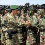 Jokowi Tinjau Latihan Armada Jaya