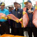 Nelayan Brondong Terima KUR dan CSR
