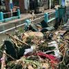 Limbah Kasur Bikin Genangan di Surabaya